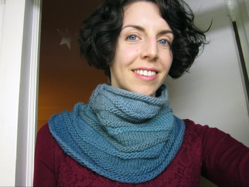 black bean blue dye ombre knit cowl in 2012